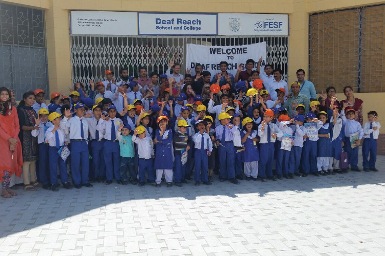 SSGC volunteers at Deaf Reach