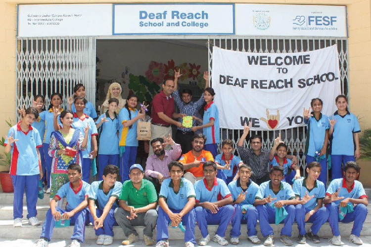 Engro Powergen volunteers visit Deaf Reach